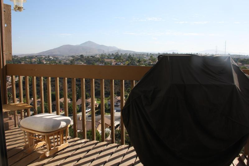 Beautiful Views from Dining Room - 3BR/2.5BA Townhome w/ Awesome Mountain Views - Chula Vista - rentals