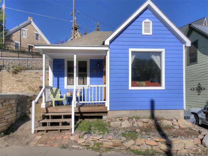 Casa Blu!  Built in 1860 and was one of the first homes in PC! - Casa Blu: Historic Miner's Cottage on Main Street! - Park City - rentals