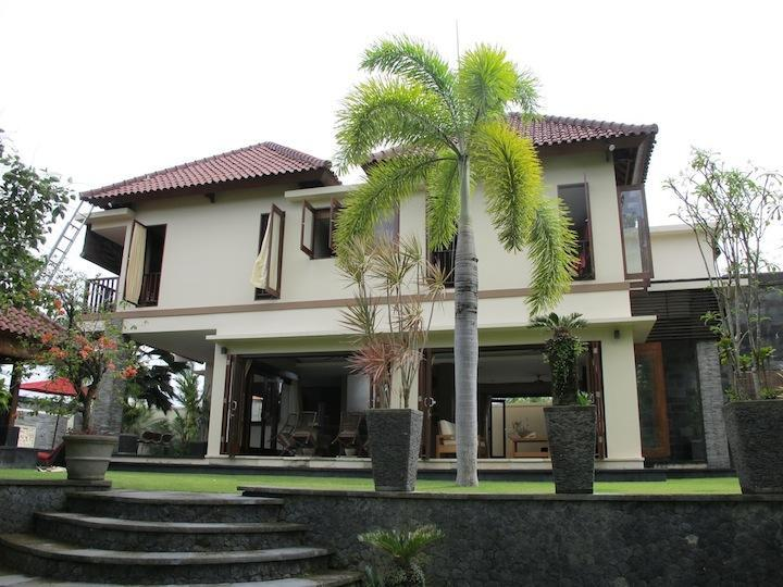 Main House Front View - Beautiful 4bedrooms Villa in South Bali - Badung - rentals