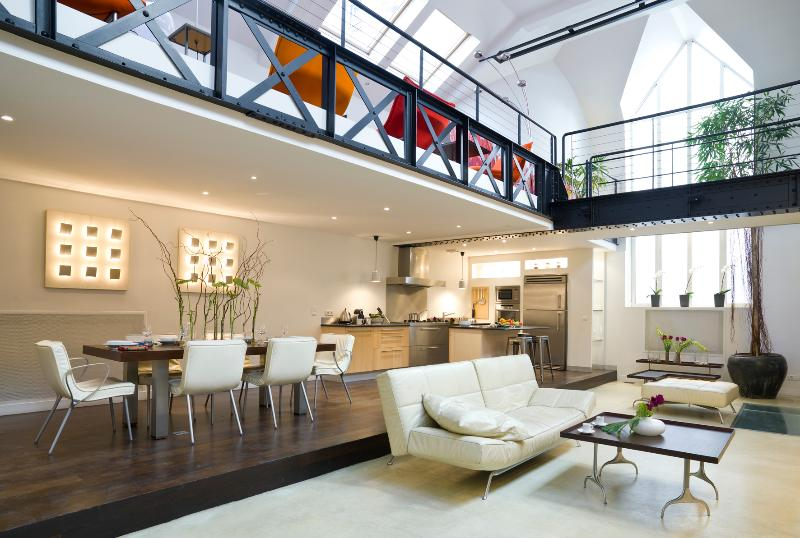 INCREDIBLE 4 BEDROOM LOFT central Paris HUGE space - Image 1 - 2nd Arrondissement Bourse - rentals