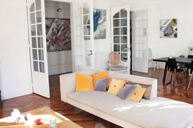**LIGHT AND AIRY 2 BEDROOM APARTMENT - LE MARAIS** - Image 1 - 3rd Arrondissement Temple - rentals