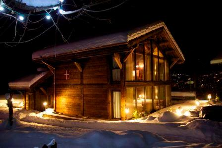 **5 BEDROOM LUXURY CHALET WITH SAUNA IN MORZINE** - Image 1 - Morzine - rentals