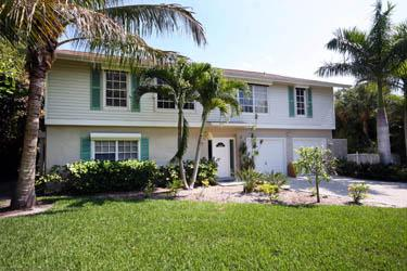 FRONT VIEW OF HOME - Seaside Rendezvous - Saint James City - rentals