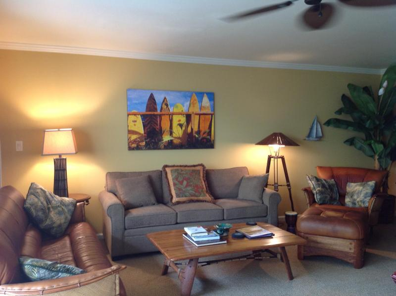 Plentiful living room seating, 2 sofas & leather arm chair  - Garden View across from beach -  2 bdrm, no Stairs - Kihei - rentals