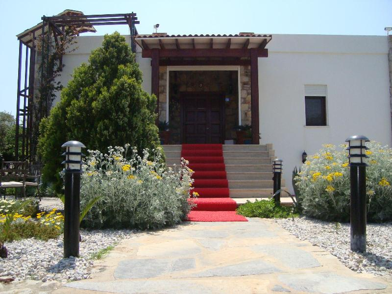 Entrance gate - MAGNIFICIENT ' SMG VILLA '  in GUMUSLUK, BODRUM - Kozakli - rentals