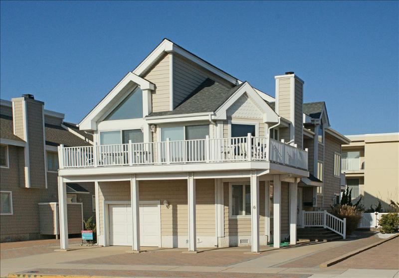 6 97th Street 103104 - Image 1 - Stone Harbor - rentals