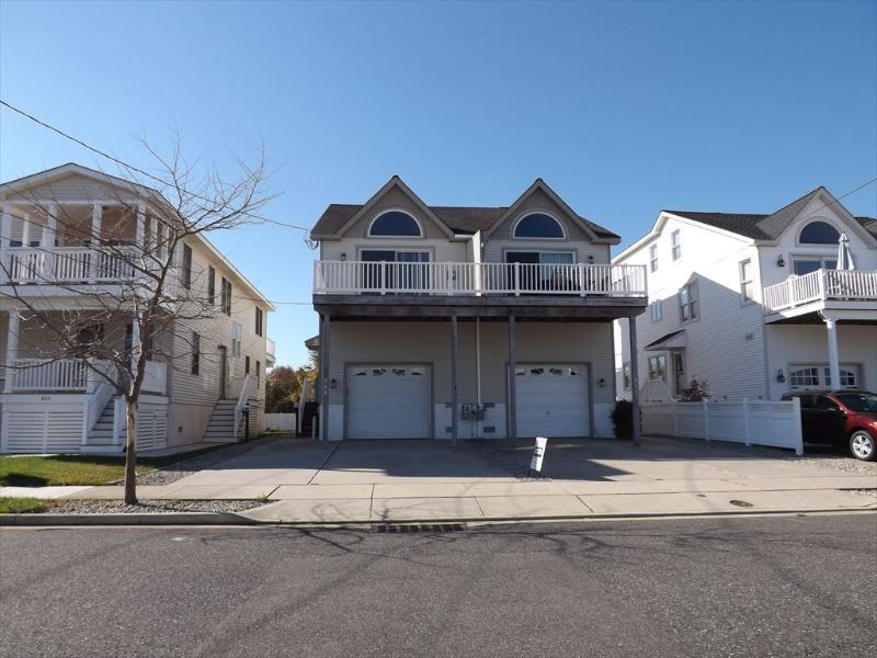 272 29th Street 95514 - Image 1 - Avalon - rentals