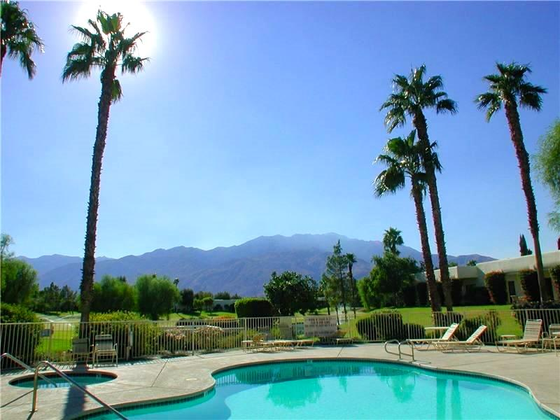 Nearby pool - Gated Desert Princess Resort on Quiet Cumbres Ct - Cathedral City - rentals
