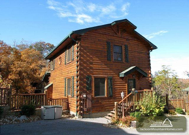 OLD HICKORY LODGE - Image 1 - Gatlinburg - rentals