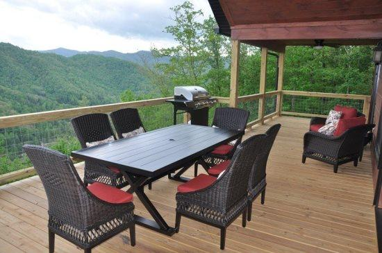Smoky Mountain High - A Brand New Luxury Rental in the Smokys - Smoky Mountain High - Deluxe 4 Bedroom with Incredible View - Bryson City - rentals