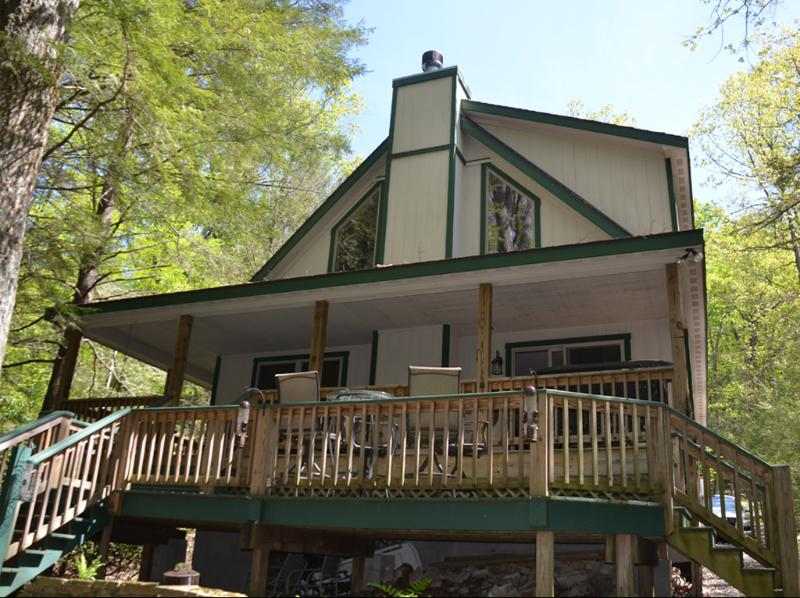 This Enchanting Lake Front Home is Perfect for Your Getaway! - Enchanting Deep Creek Lake Front w/Private Dock! - Oakland - rentals