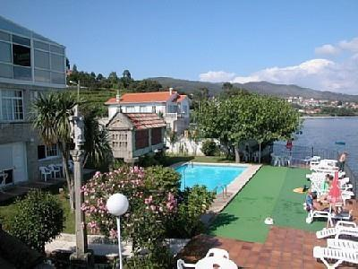Apartment for 6 persons, with swimming pool , near the beach in Pontevedra - Image 1 - Raxo - rentals