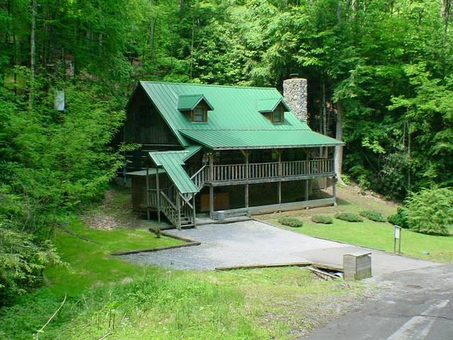 Lucky D Lodge - Image 1 - Gatlinburg - rentals