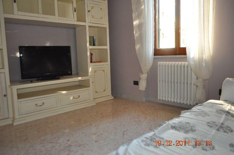 Flatinrome Cornelia2 - sleeps 6 close to metro - Image 1 - Rome - rentals