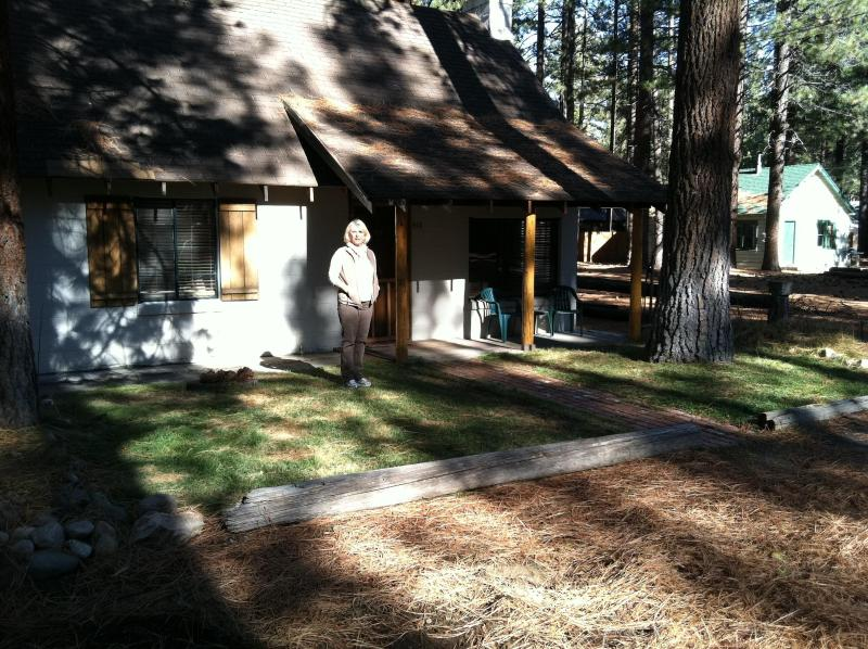 Summertime in Tahoe - Cozy Cabin Steps to Lake 5 mins Casinos Heavenly - South Lake Tahoe - rentals
