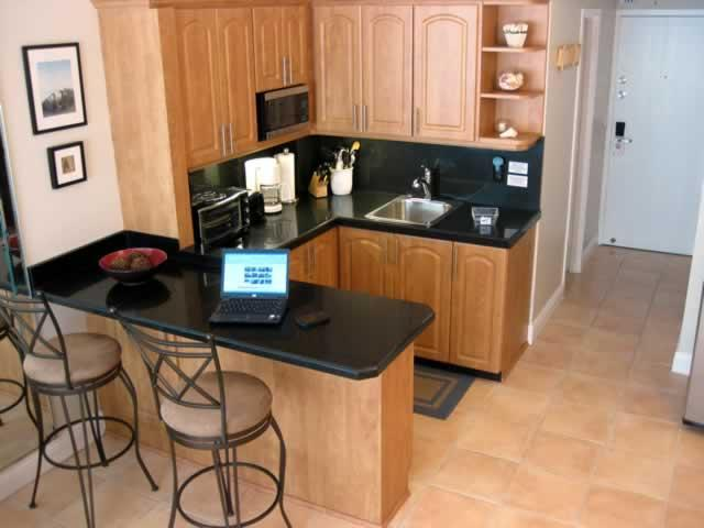 Full Kitchen - Ocean Beach Studio with Wi-Fi High Speed Internet - Miami Beach - rentals