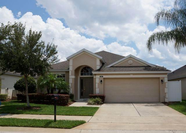 Amazing 4BR w/ private pool and walk in closets - 454HC - Image 1 - Davenport - rentals