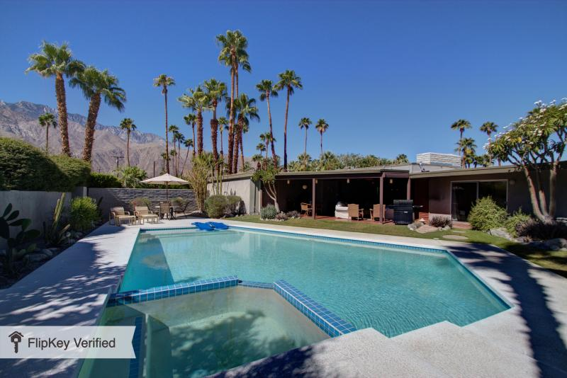 FABULOUS 4BR MID-CENTURY PRIVATE RESORT POOL HOME - Image 1 - Palm Springs - rentals