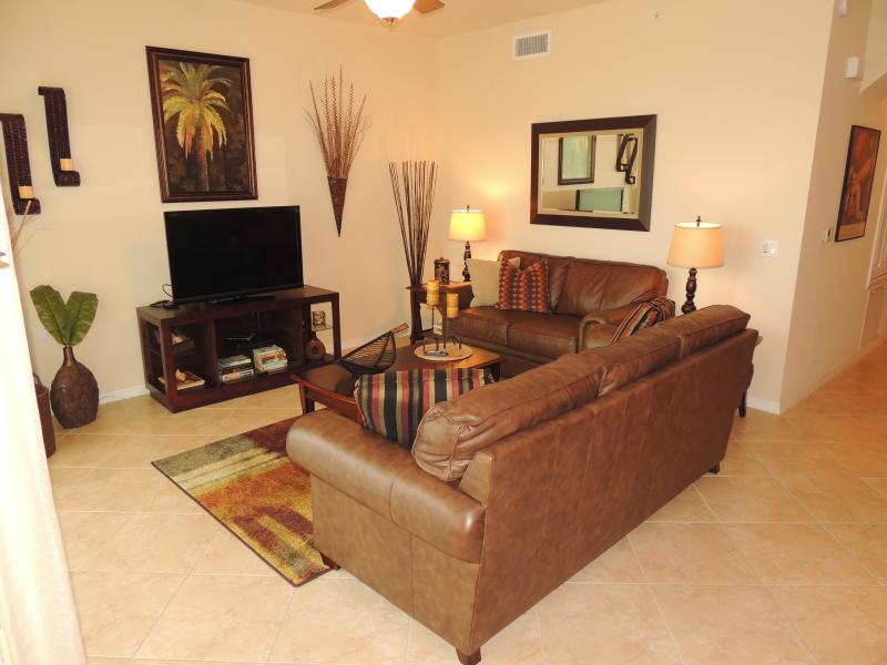 #203 Living room - GOLF COURSE CONDO - Available April 1 ONLY $2000 - Naples - rentals