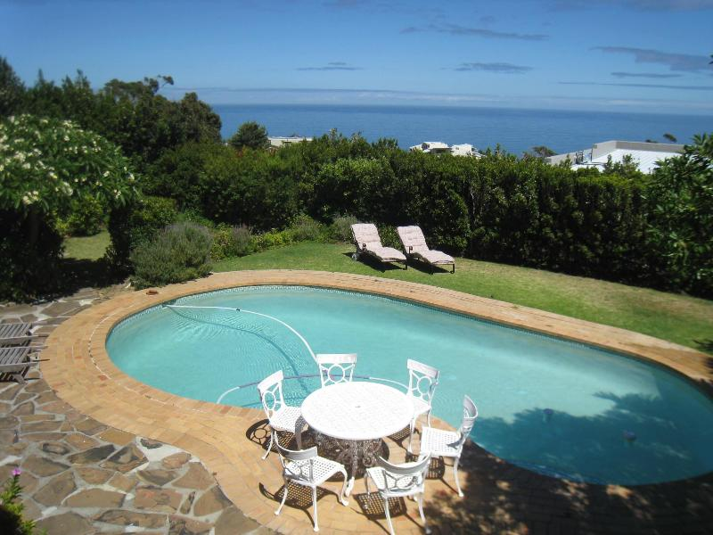 View of swiming pool fro the terrace, ocean view - Cape Atlantic - Best of the Cape Collection - Camps Bay - rentals