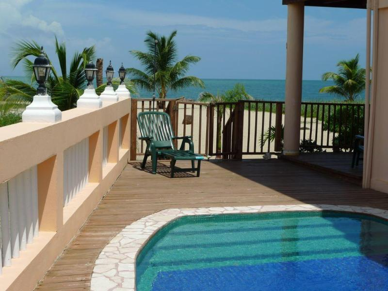 Mirasol 1 bedroom beach apartment pool - Image 1 - Placencia - rentals