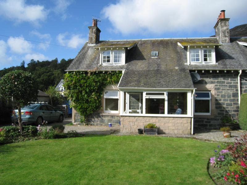 Westholme Cottage from the front - Character cottage in stunning Scottish location - Saint Fillans - rentals