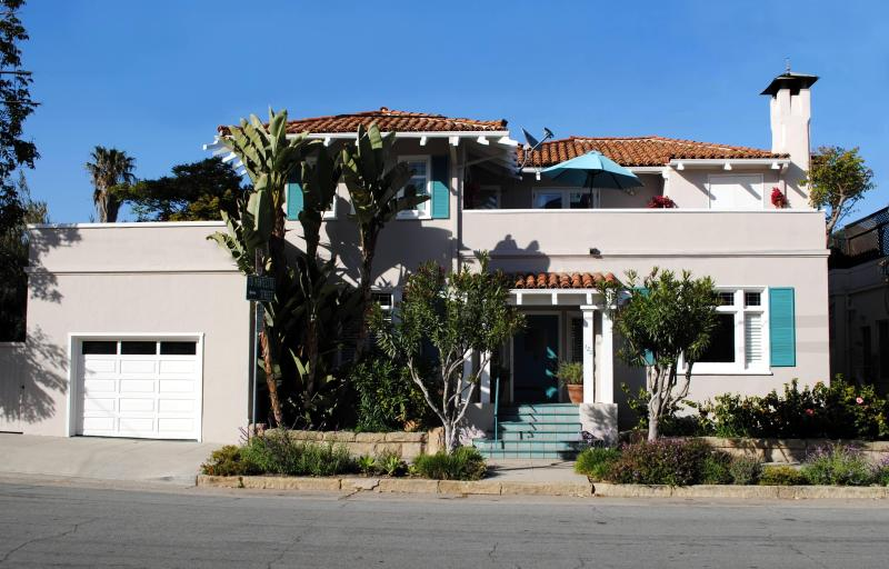 Exterior Front View - Casa Azzurra Luxury Home Just 2 Blocks from Beach - Santa Barbara - rentals