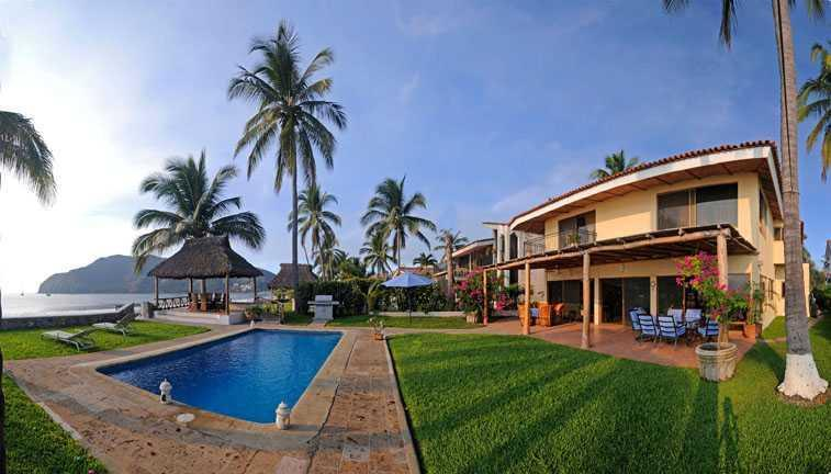Casa de los Peces 17 - 4 bedroom unique villa right on sandy beach - Manzanillo - rentals