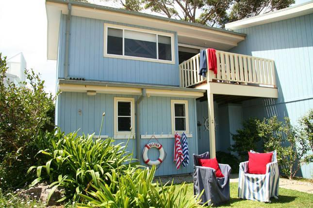 Front of cottage - Beluga Seaside Cottage - Hyams Beach - rentals
