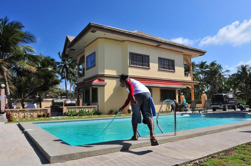 Pool and house - CalicoanVilla - Guiuan - rentals