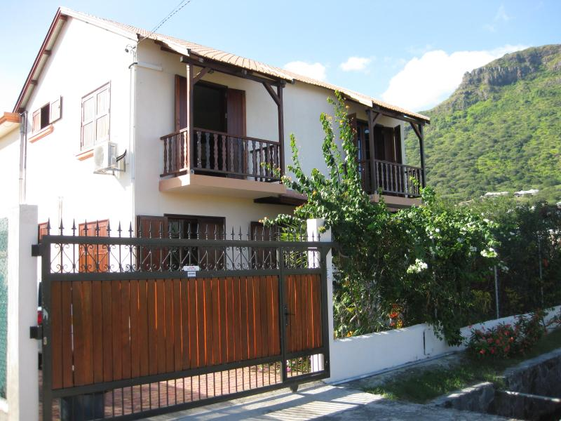 front of house - Cool villa near beach with maid/cook - Riviere Noire - rentals