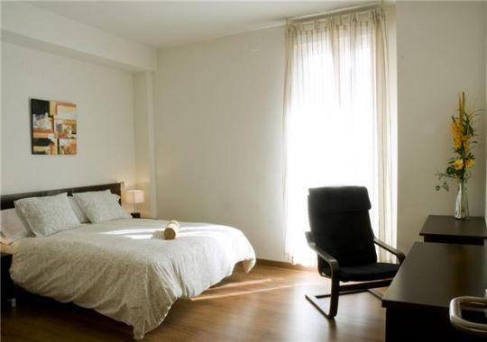 http://www.stopinroom.com/HFT imgs/Client 23/imgs/Property 990/PrImg Med990 32314 - Gran Via-Sol del Luxe apartment - Madrid - rentals