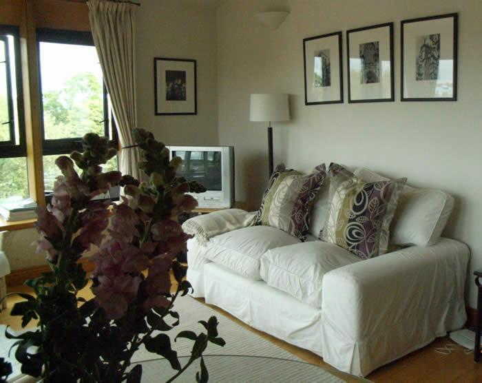 Penthouse Sitting Room with panoramic views - York City Centre Penthouse Apt - Panoramic Views - York - rentals
