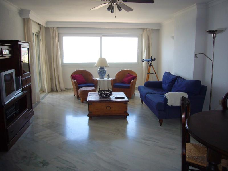 Living Room - Luxury apartments overlooking the Mediterranean - Benalmadena - rentals