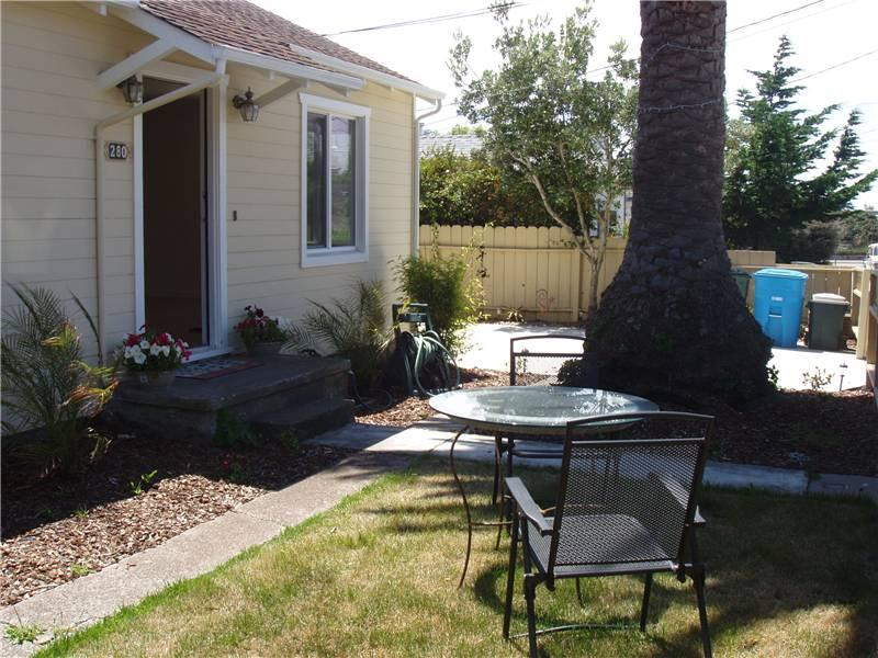 PALM TREE COTTAGE - Image 1 - Pacifica - rentals