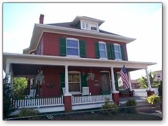 The Robinson House - Charming turn of the century Victorian - Charles Town - rentals