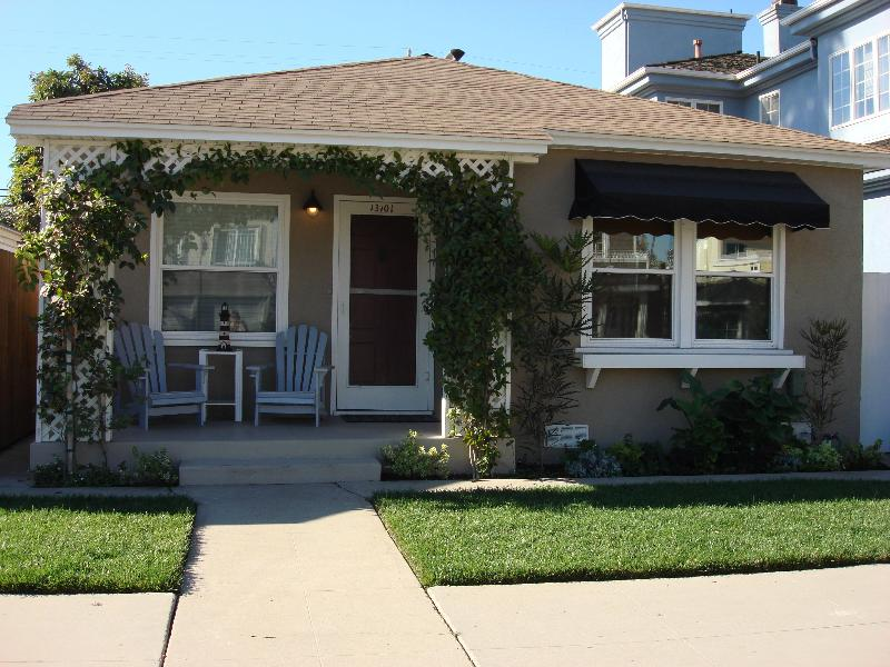 Front of property - Clean, Comfortable Beach Cottage Steps to the Sand - Seal Beach - rentals