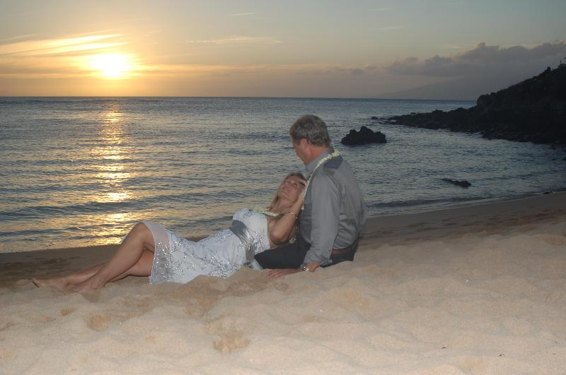 Sunset Wedding - North Shore Maui Guest House - Maalaea - rentals