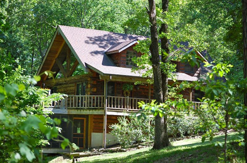 The Refuge in the Summer - You won't find a more natural setting! - The Refuge - Real Log Home - Tall Pines Properties - Blue Eye - rentals