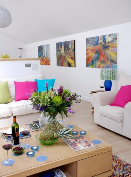 Sprawling Sofas and an armchair - Willow Tree Barn - Devizes - rentals