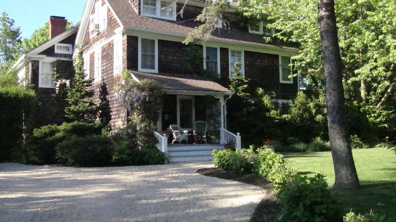 Mainstay Rental House - Southampton Country House minutes to Ocean Beaches - Southampton - rentals