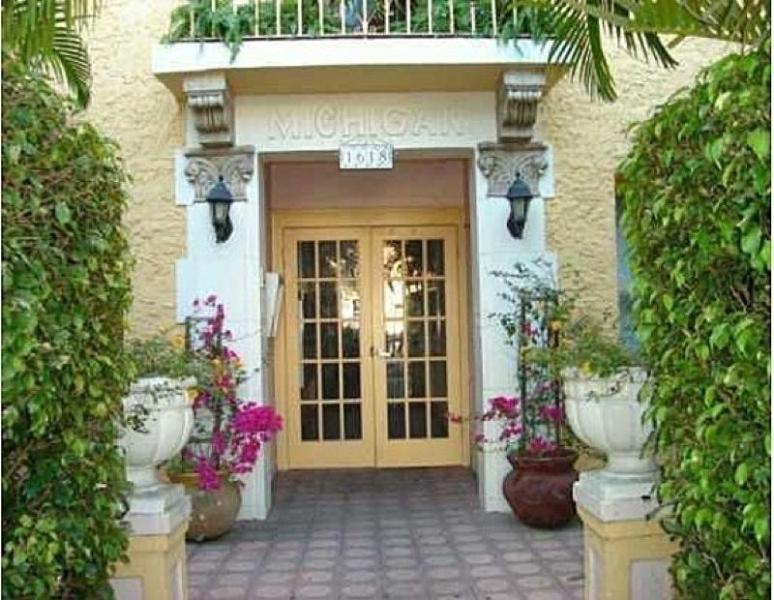 Front Entrance - Miami Beach! 1 Bedroom Beautifully Fully Furnished - Miami Beach - rentals