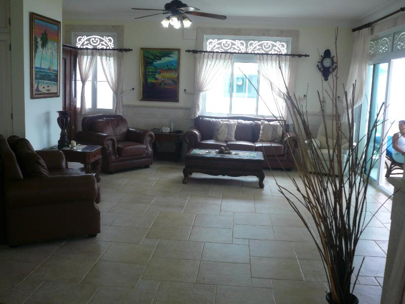 Living Room - 3BR Ocean Front Condo With Large Lanai - Cabarete - rentals