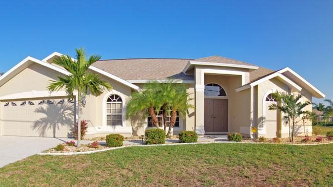 Waterfront home with 4 bedrooms and heated pool - Image 1 - Cape Coral - rentals