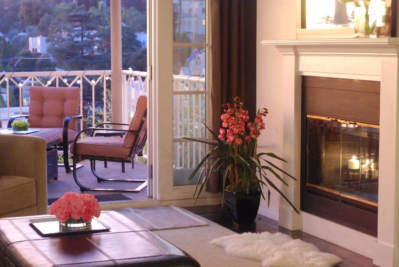 First class accommodations - Classic Hollywood Condo - Santa Monica - rentals