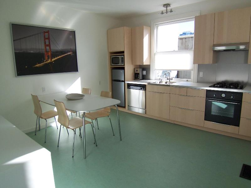 Spacious Eat in Kitchen - Stunning Home in North Beach - San Francisco - rentals