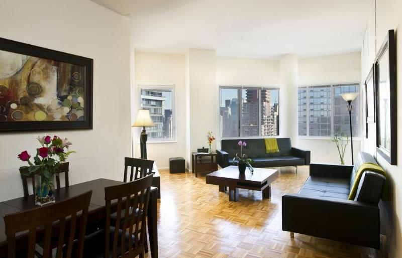 PENTHOUSE 41st FLOOR - Penthouse: 3 Bedroom Midtown, Walk to Times Square - New York City - rentals