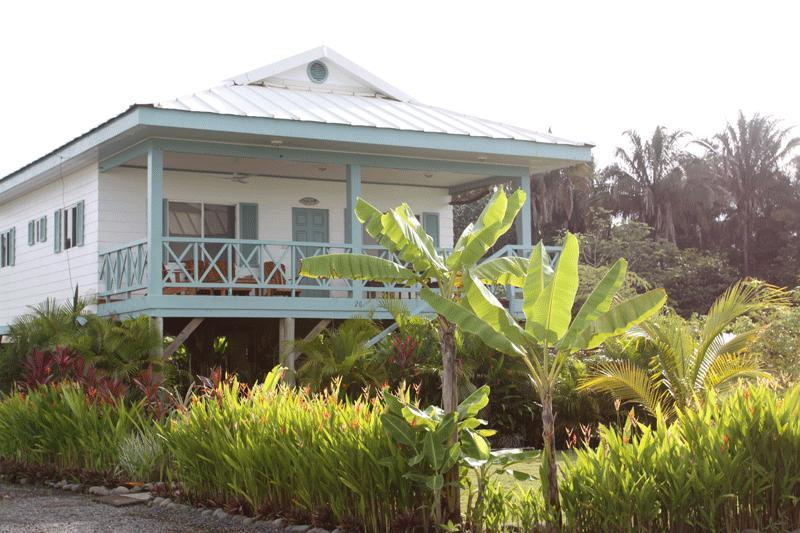Playa Hermosa Costa Rica Vacation Home, 2bd/1or2ba, fully equipped kitchen - Playa Hermosa Beach Bungalows vacation rental home - Playa Hermosa - rentals
