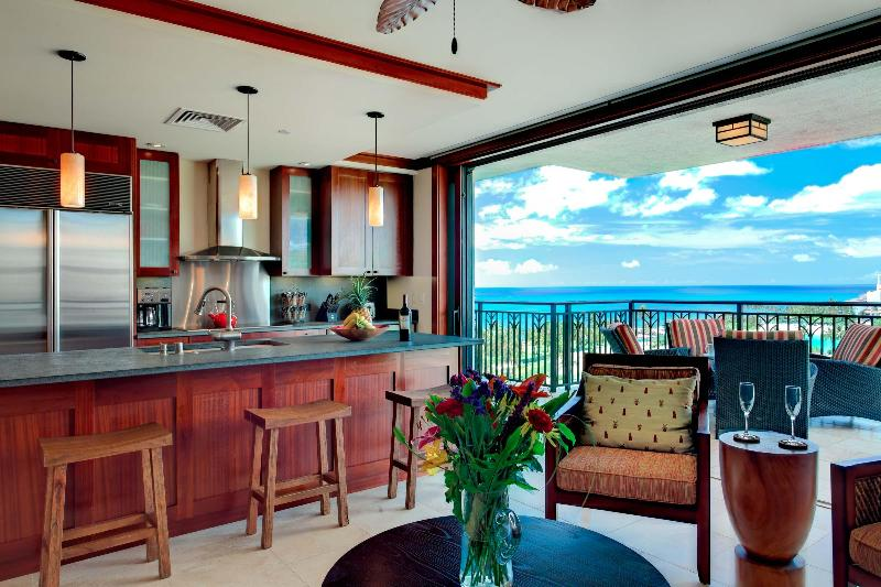 Master Chef designed kitchen, fully equiped and with panoramic ocean views.  - Ko Olina Beach Tower Villa Spectacular Ocean View - Kapolei - rentals