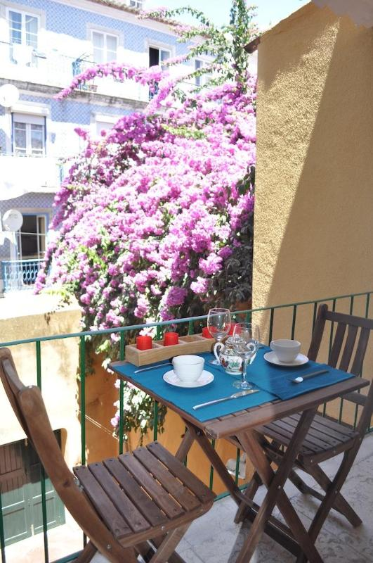 central retreat for romantic stay in City Heart - Image 1 - Lisbon - rentals
